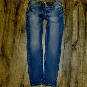 Maurices Jeans Size M-S Jeggings Skinny ✂